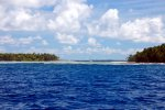 56_Our_anchorage_in_the_Salomon-Atoll_from_outside