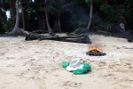 21_After_the_beach_clean_up_(Las_Perlas)